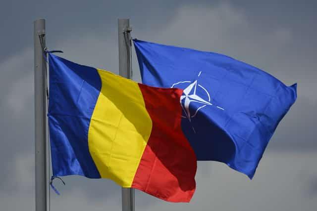 """România este un """"aliat vital"""" al NATO şi are rol de """"pivot regional"""""""