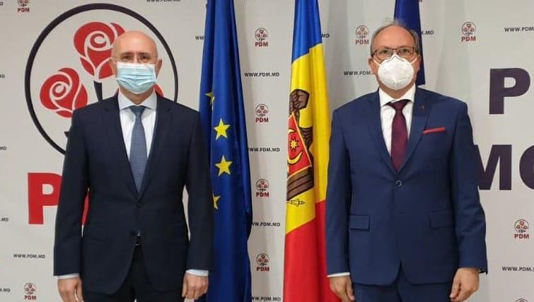 Despre ce au vorbit liderul PDM și ambasadorul României la Chișinău