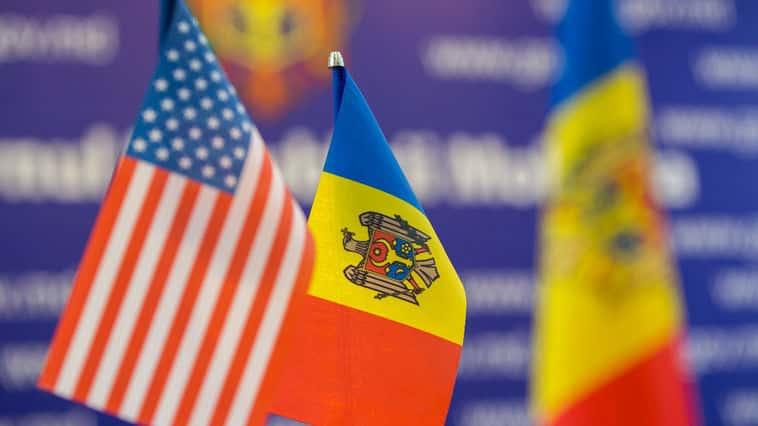 Ambasadorul SUA la Chișinău, despre prezidențiale: Un vot important pentru viitorul R. Moldova și un test vital pentru instituțiile statului