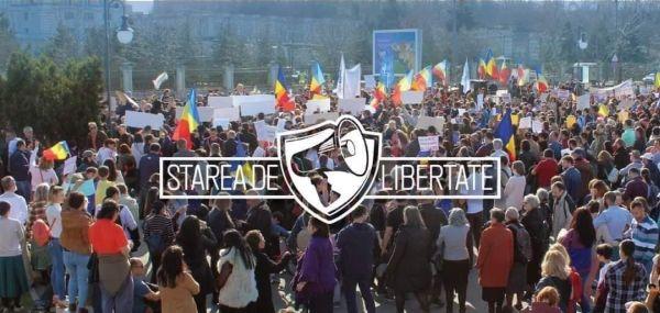 """Sute de oameni protestează în Piața Universității împotriva dictaturii instaurate sub pretextul virusului: """"Nu vrem să fim o nație de sclavi!"""""""