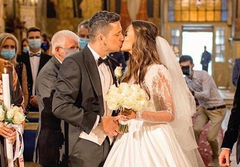 Denisa Hodişan şi Flick Domnul Rimă au făcut nunta la Oradea (FOTO / VIDEO)