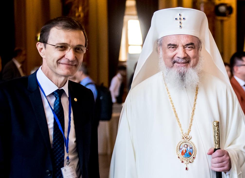 Patriarhul României și Președintele Academiei, țintele neo-securiștilor de pripas. CNSAS se dezice de membrul GDS care i-a acuzat și șantajat public pe cei doi lideri. Reacții exclusive de la conducerea CNSAS și Ioan Aurel Pop. RAPORT: Hodor a furat