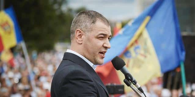 Octavian Țîcu: Distanța de la casa voastră până la urna de vot reprezintă distanța până la Unire
