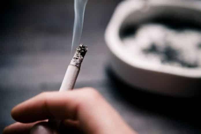 Turcia interzice fumatul în spaţii publice
