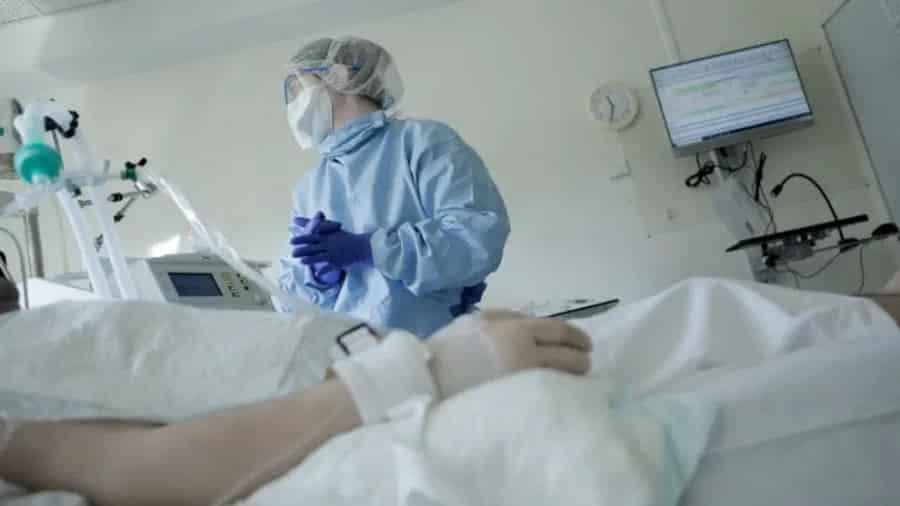 Încă 8 decese Covid în Bihor şi 363 noi îmbolnăviri depistate. Trei focare într-un centru medico-social şi în două cămine