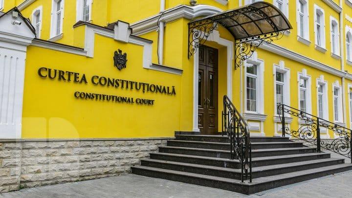 Proiectele votate de PSRM și Partidul Șor, contestate la Curtea Constituțională