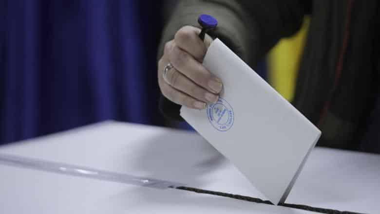 Campania electorală s-a încheiat sâmbătă la ora 07.00