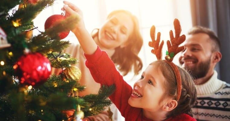 S-a decis: ce restricții vom avea de Crăciun și Revelion
