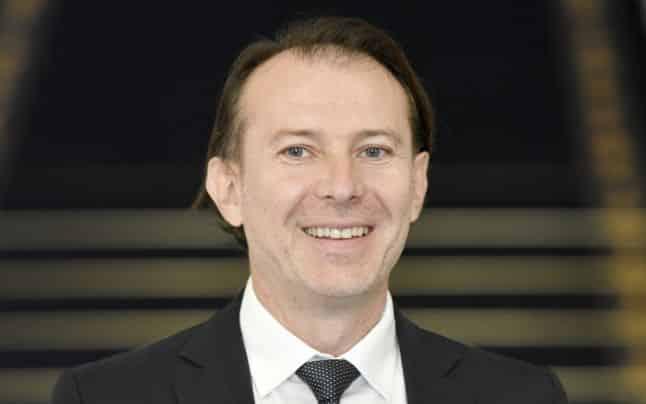 Cine este Florin Cîțu, noul premier al României. A luat patru la treaptă, dar cu pile a făcut liceul