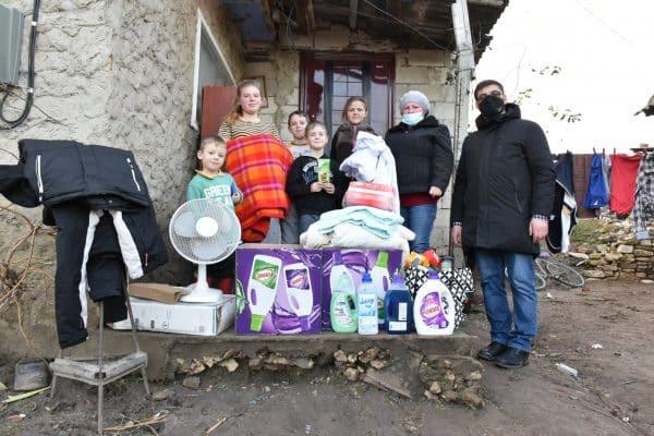 Sărbători mai fericite pentru oamenii nevoiași, datorită implicării părintelui Sergiu Aga ~ InfoPrut