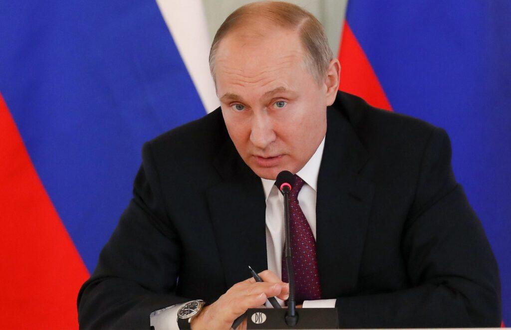 VIDEO: Putin inventează scenarii pentru a găsi pretexte să declanșeze războiul cu Ucraina