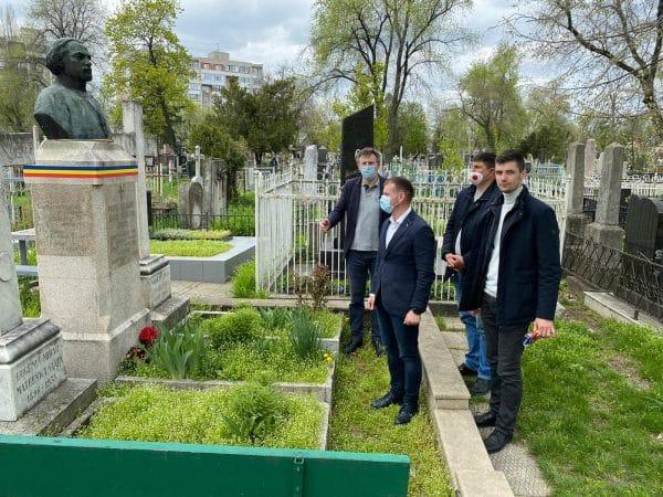 Omagiu adus făuritorilor Unirii Basarabiei cu România