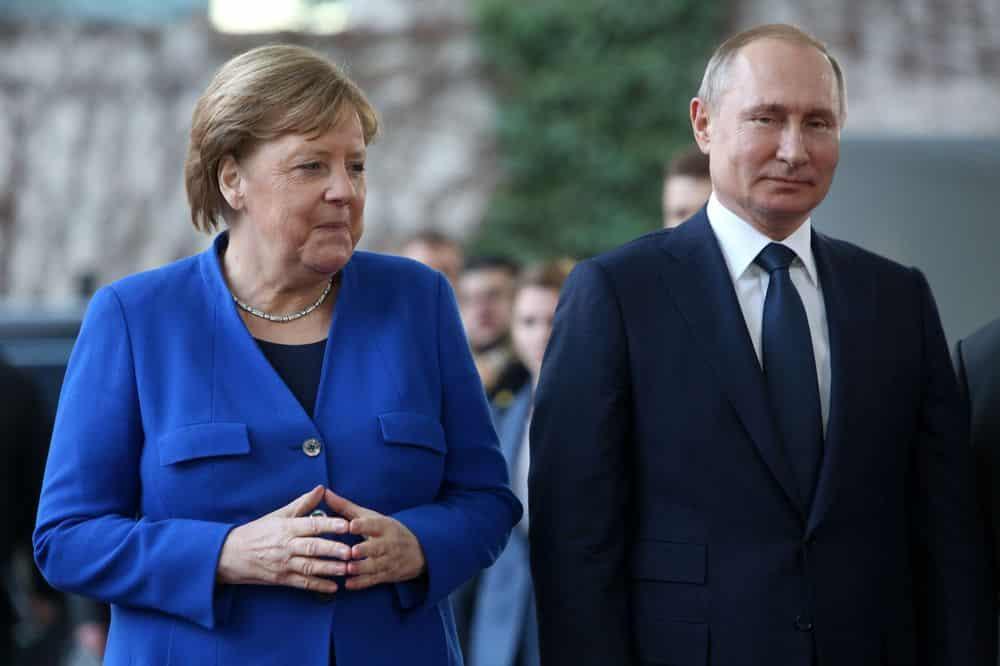 Merkel închide minele din Germania. Preferă să importe gaz rusesc de la Putin