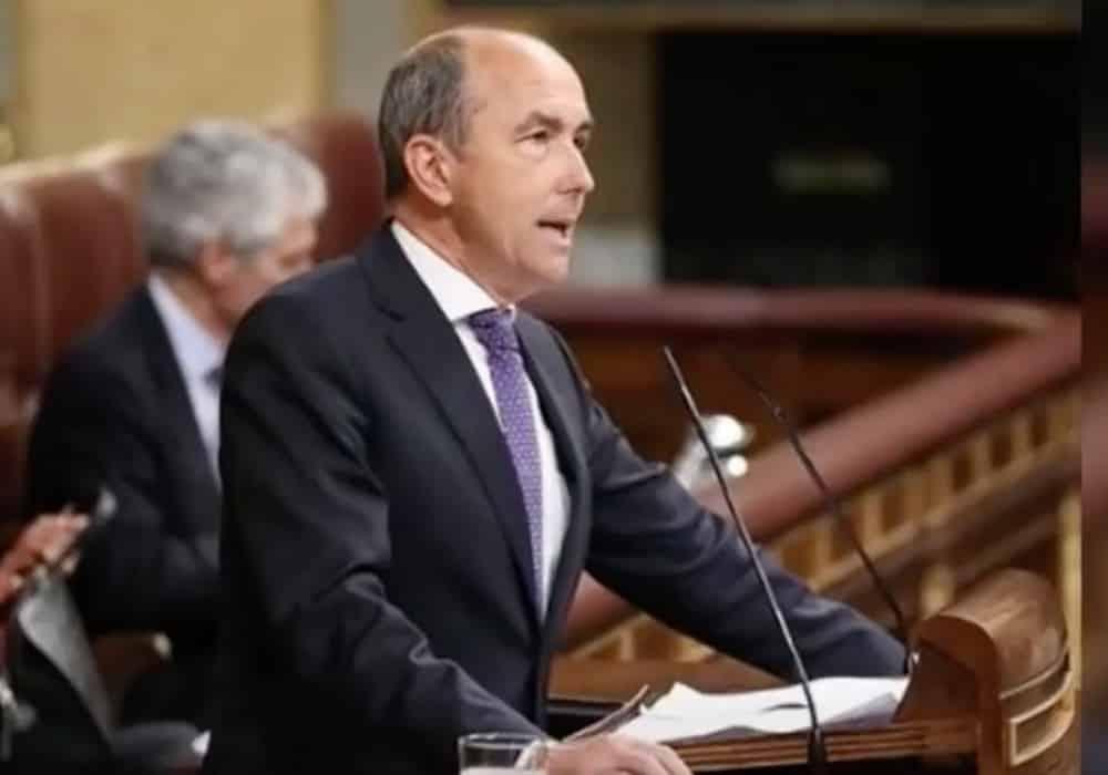 AUR, solidari cu adjunctul partidului spaniol Vox, Francisco José Contreras, suspendat de pe Twitter