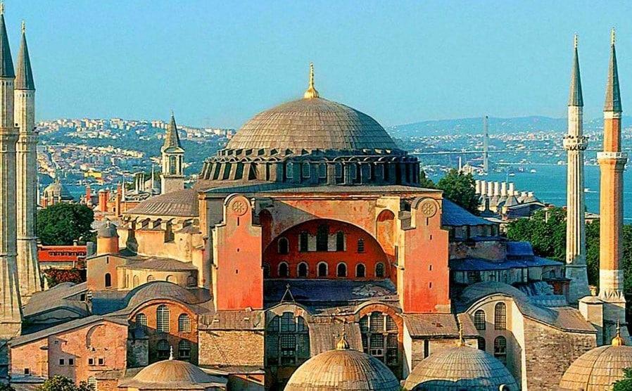 Iustin şi Iustinian, împăraţi bizantini de origine tracă