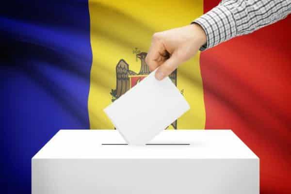 Studenții basarabeni din România, îndemn legat de alegerile parlamentare din R. Moldova