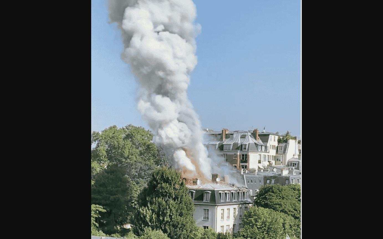 Clădirea Ambasadei Italiei la Paris a fost cuprinsă de flăcări