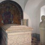 """Mănăstirea Sinaia- """"Catedrala Carpaților"""", mănăstirea care a întemeiat un oraș"""