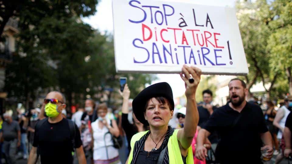 Ministerului de Interne francez: 200 de mii de oameni au ieșit la proteste