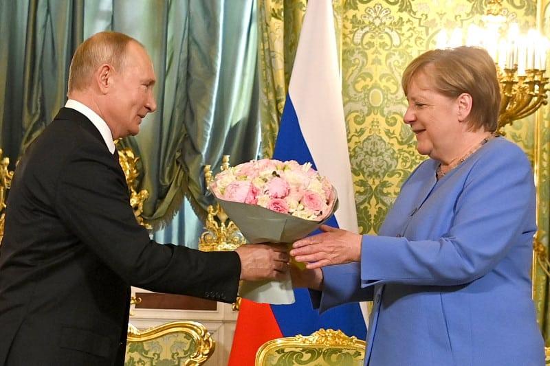 Merkel și Putin s-au întâlnit la Kremlin