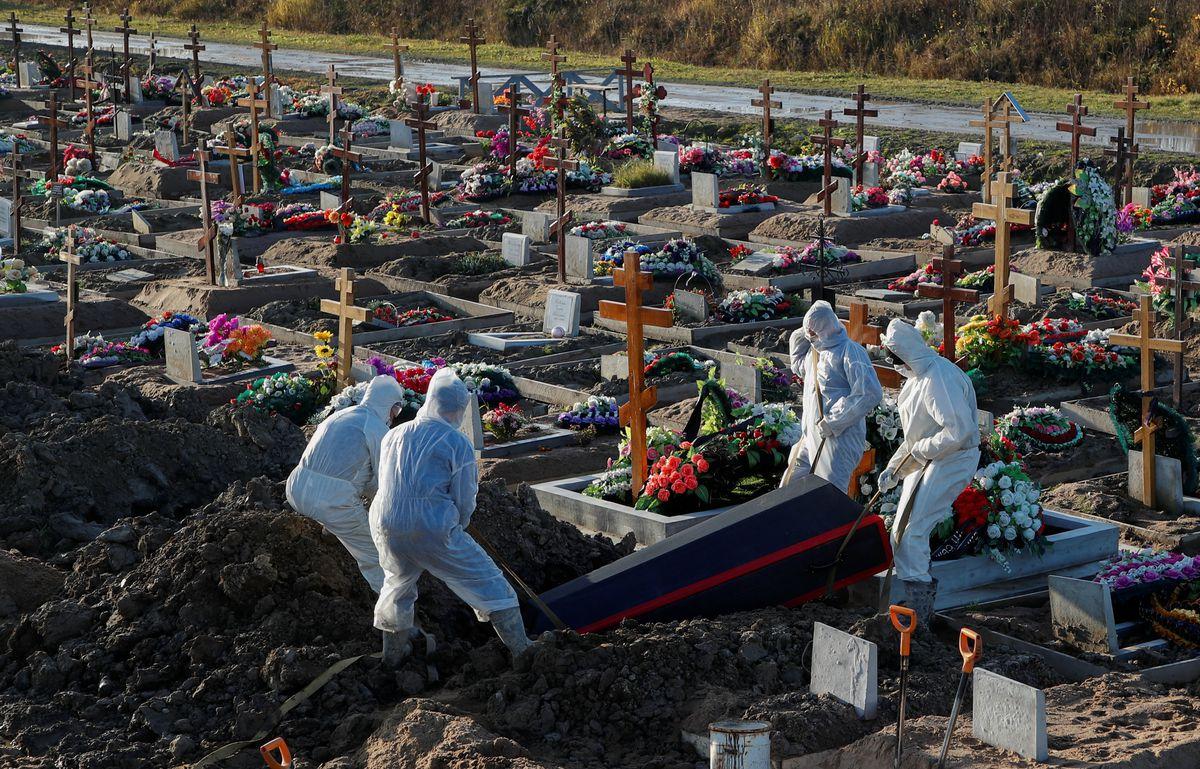 Covid face ravagii în Rusia: 180.000 de morți și aproape 600.000 de deces în exces de la începutul pandemiei în martie 2020