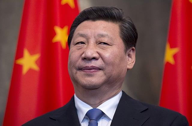 """Bărbaţii """"efeminați şi cu alte anomalii estetice"""", interziși la televiziunea de stat chineză"""