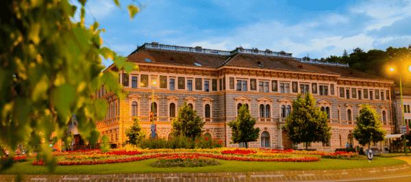 O universitate din România va avea cel mai modern cămin studențesc din țară