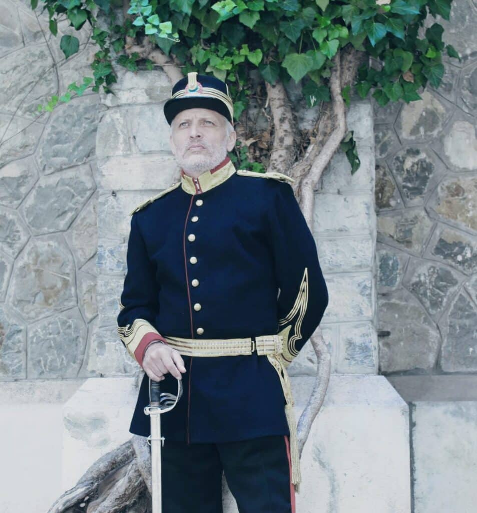 """Album Foto. La Castelul Peleș, uniformele regilor României readuse la viața de Asociația """"Ferdinand I"""""""