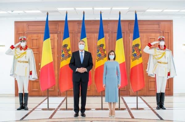 Preşedintele României îndeamnă Elveţia să sprijine reformele anunţate de Guvernul de la Chișinău ~ InfoPrut