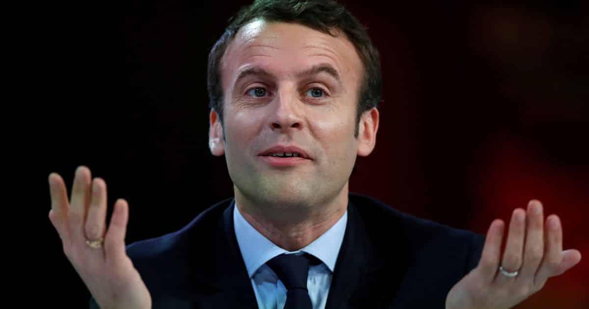 VIDEO. FRANȚA: Emmanuel Macron a fost atacat cu OUĂ – 60m.ro