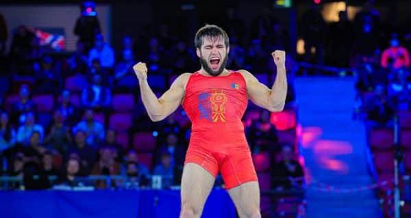 Un sportiv din Republica Moldova, campion mondial la lupte greco-romane