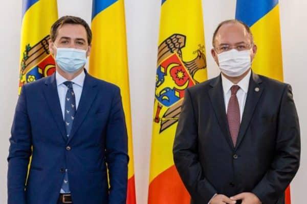 Miniștrii de Externe din România și R. Moldova, discuție despre interconectarea energetică