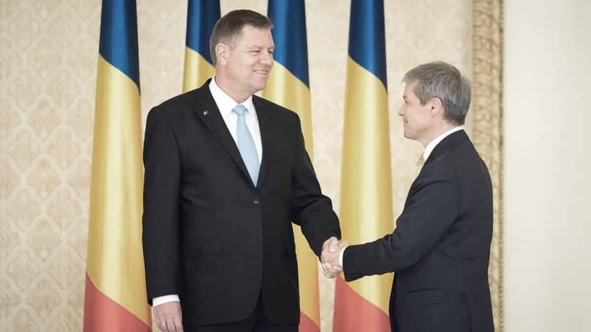 Dacă Cioloș nu-și depune imediat mandatul, nu mai prost, e ticălos – 60m.ro